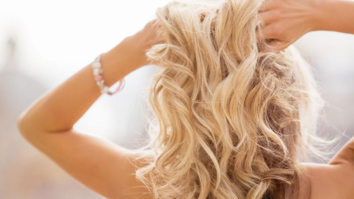 Tips para cuidar tu cabello rubio natural